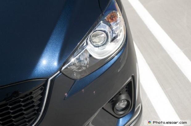 2015 Mazda Cx 5 Photo - Headlight