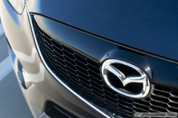 2015 Mazda Cx 5 Photo - Nose Badge