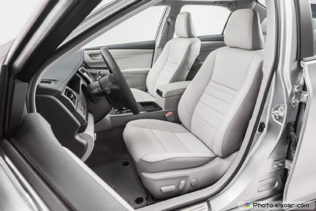 2015 Toyota Camry Xle Front Interior View
