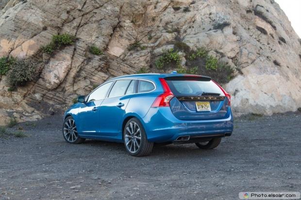 2015 Volvo V60 T5 Drive E Rear Three Quarter