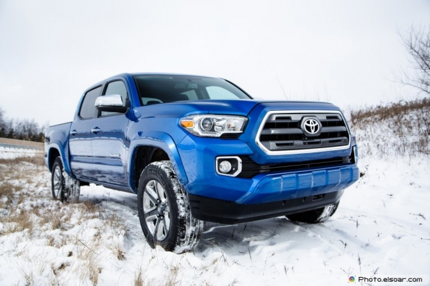 2016 Toyota Tacoma Double Cab Limited Front Three Quarter