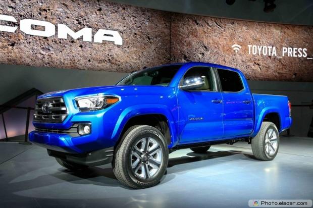 2016 Toyota Tacoma Front Three Quarters