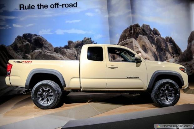 2016 Toyota Tacoma Side Profile