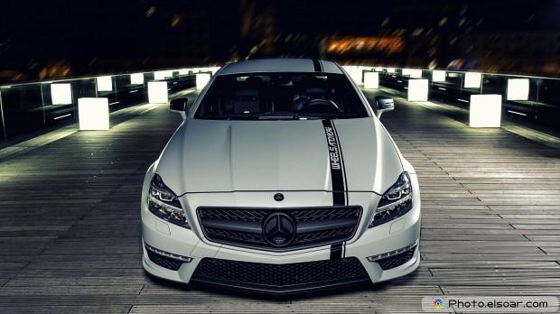 Amazing Car Full HD Wallpaper
