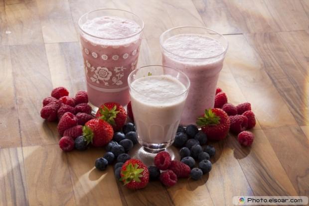 Cherries, Blueberries milkshake