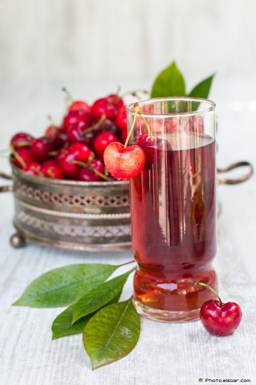 Cherry Drink With Fresh Cherries