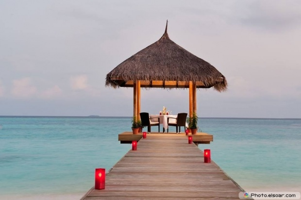 C'mon We Packed Our Bags To Maldives