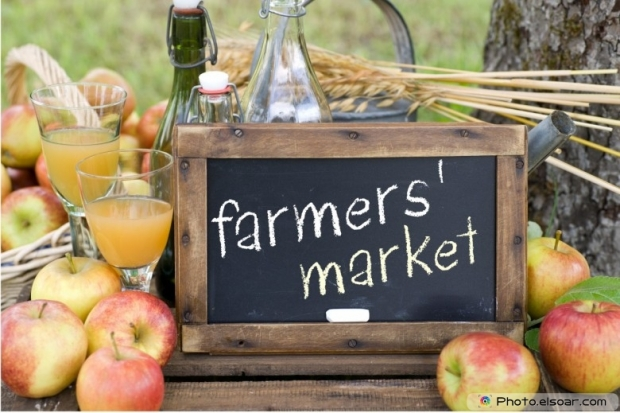 Farmers Market With Apples