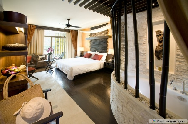 Gorgeous Bedroom Free Photo
