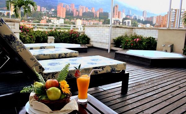 Hotel El Poblado Plaza. Colombia