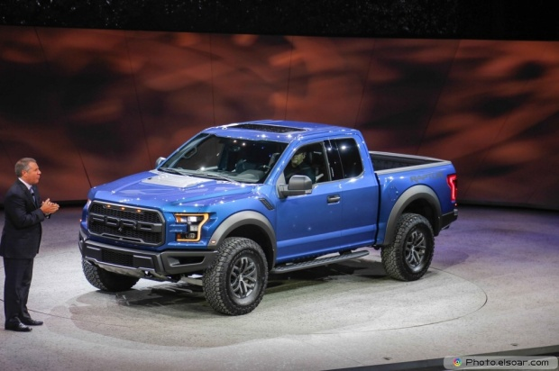 Image Of 2017 Ford F 150 Raptor Front Three Quarter