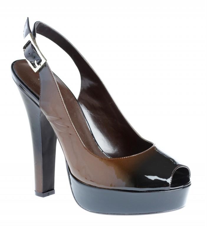 Individual Womens Sandal M