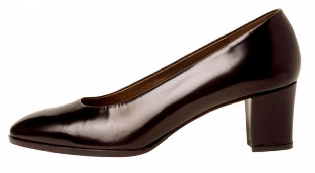 Individual Womens Shoe Image