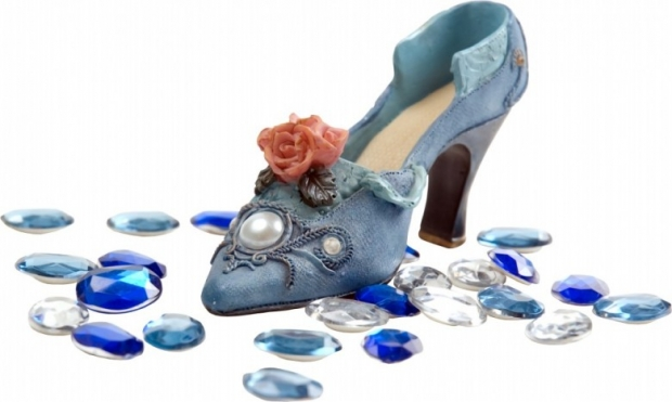 Individual Womens Shoe L