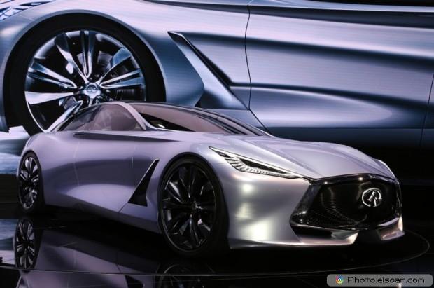 Infiniti Q80 Inpiration Concept Front Three Quarter
