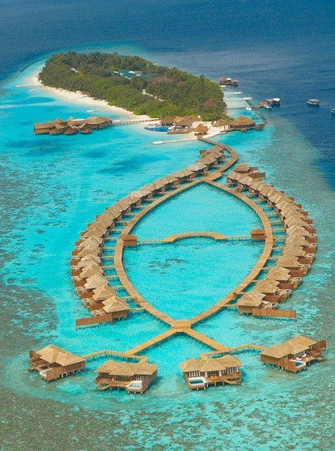 Lily Beach Resort & Spa, Maldives 11