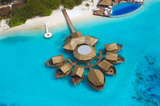 Lily Beach Resort & Spa, Maldives 3