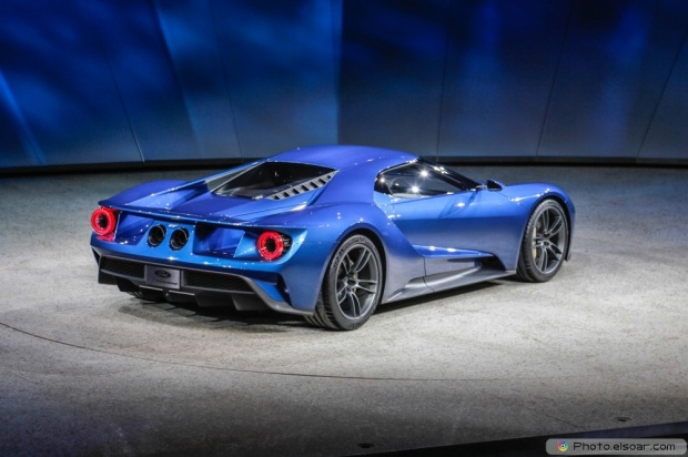 Picture Of Ford GT At 2015 Detroit Auto Show Rear Three Quarter