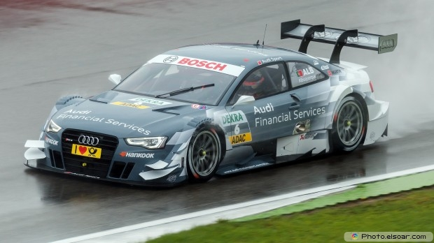 Race Car Full HD Wallpaper