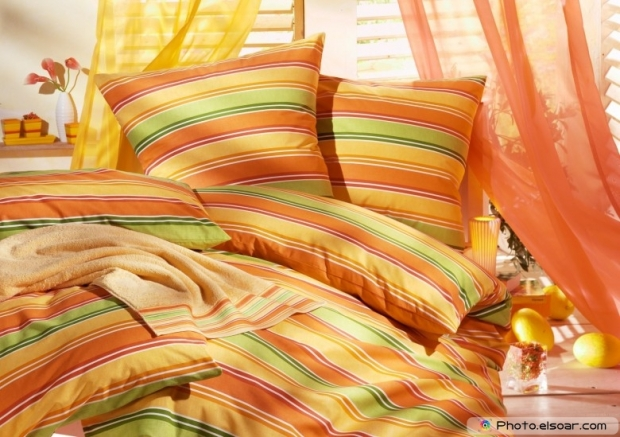 Stylish Linens and Pillows D