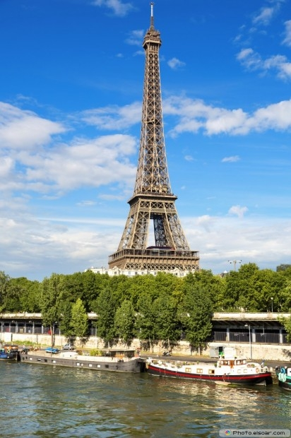 The Beautiful View Of The Eiffel Tower, Paris