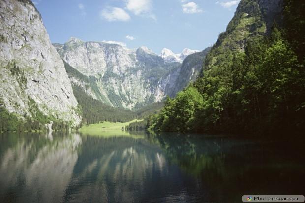 Upper Lake. US