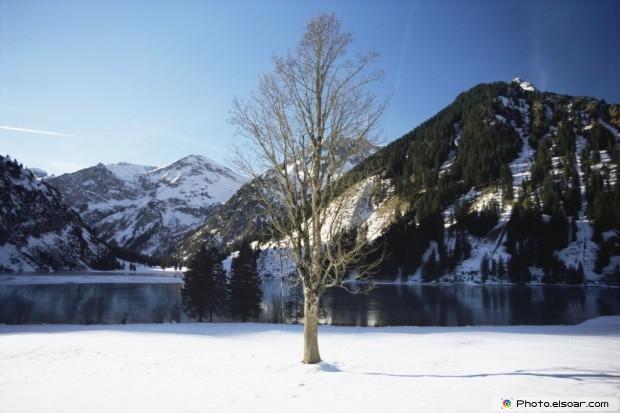 Vils Alp Lake