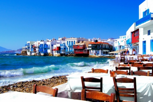 best time to travel to greece 3